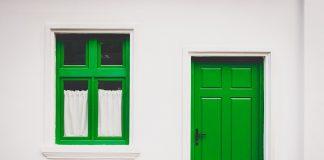 טרנדים שונים בעיצוב של דלתות כניסה