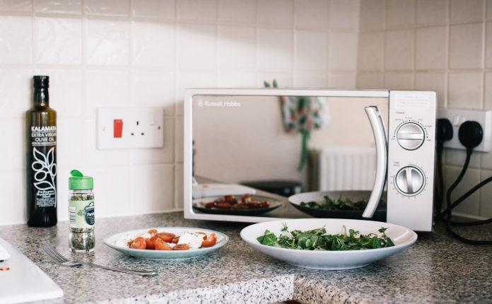 רכישת מוצרי חשמל חדשים למטבח